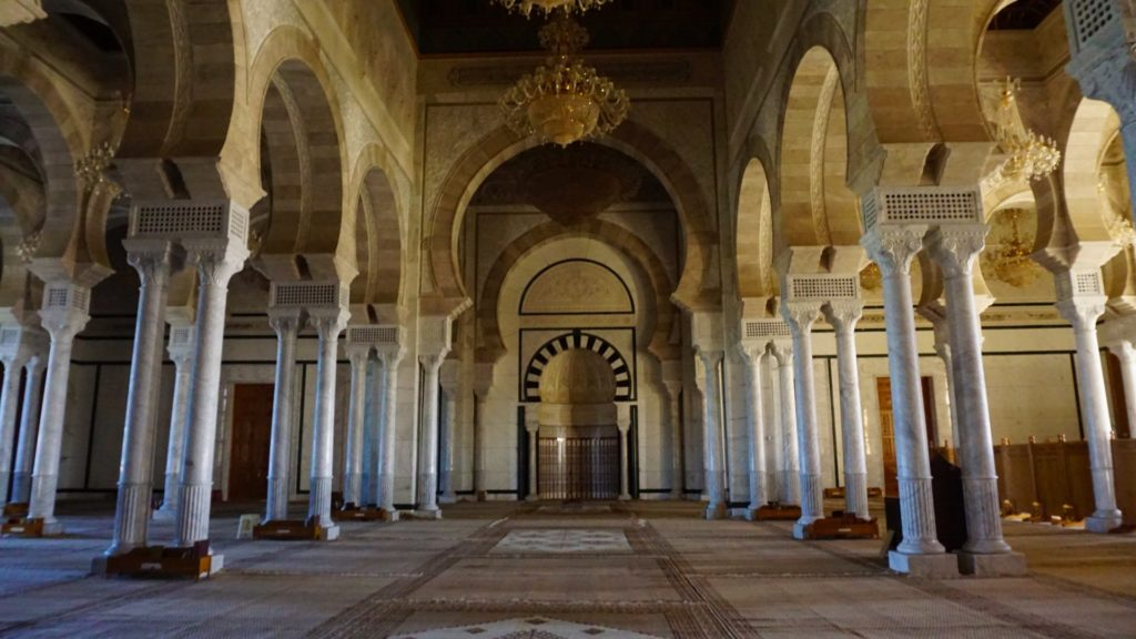 Tunis - Malik Iban Anas Mosque - Inside