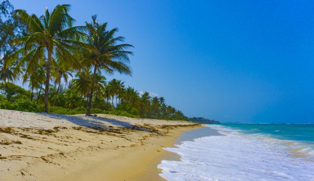 Tiwi Beach