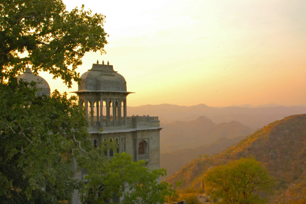 Udaipur – Sunset at the Monsoon Palace