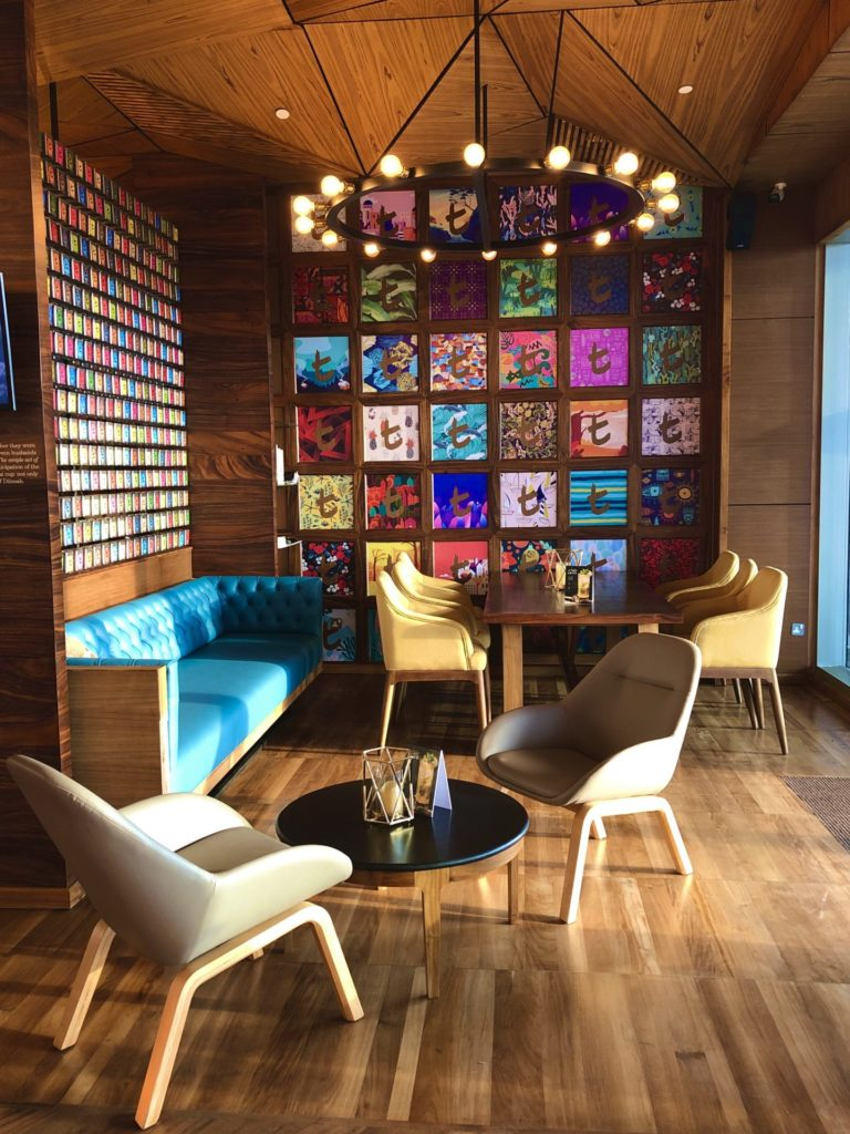 Dilmah t-lounge at One Galle Face in Colombo