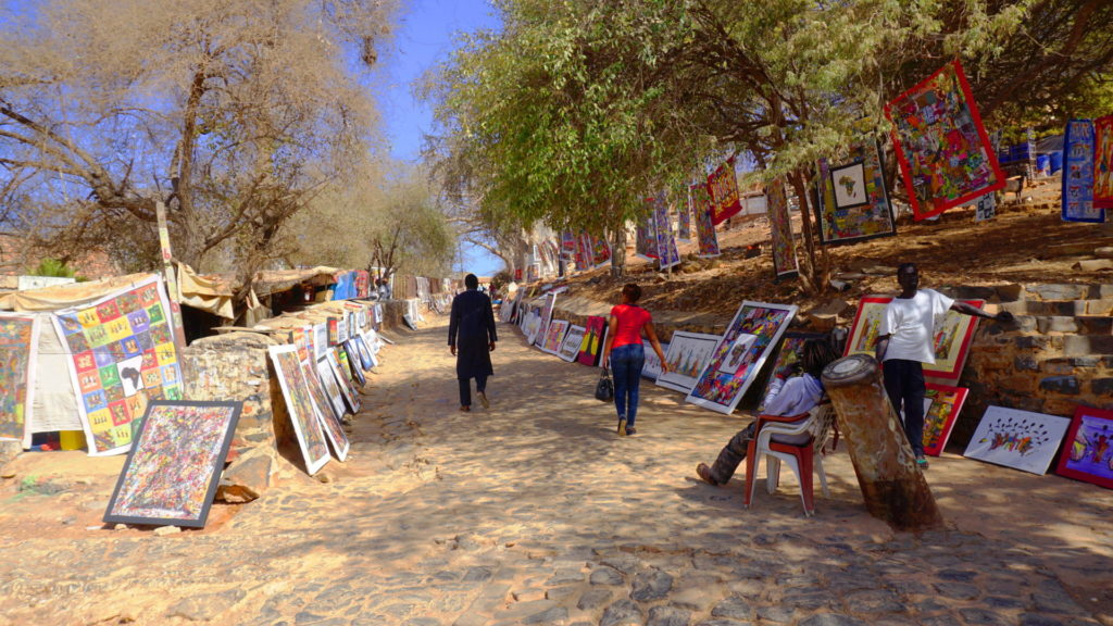 Ile de Goree - Artists displaying their works along the road up the hill